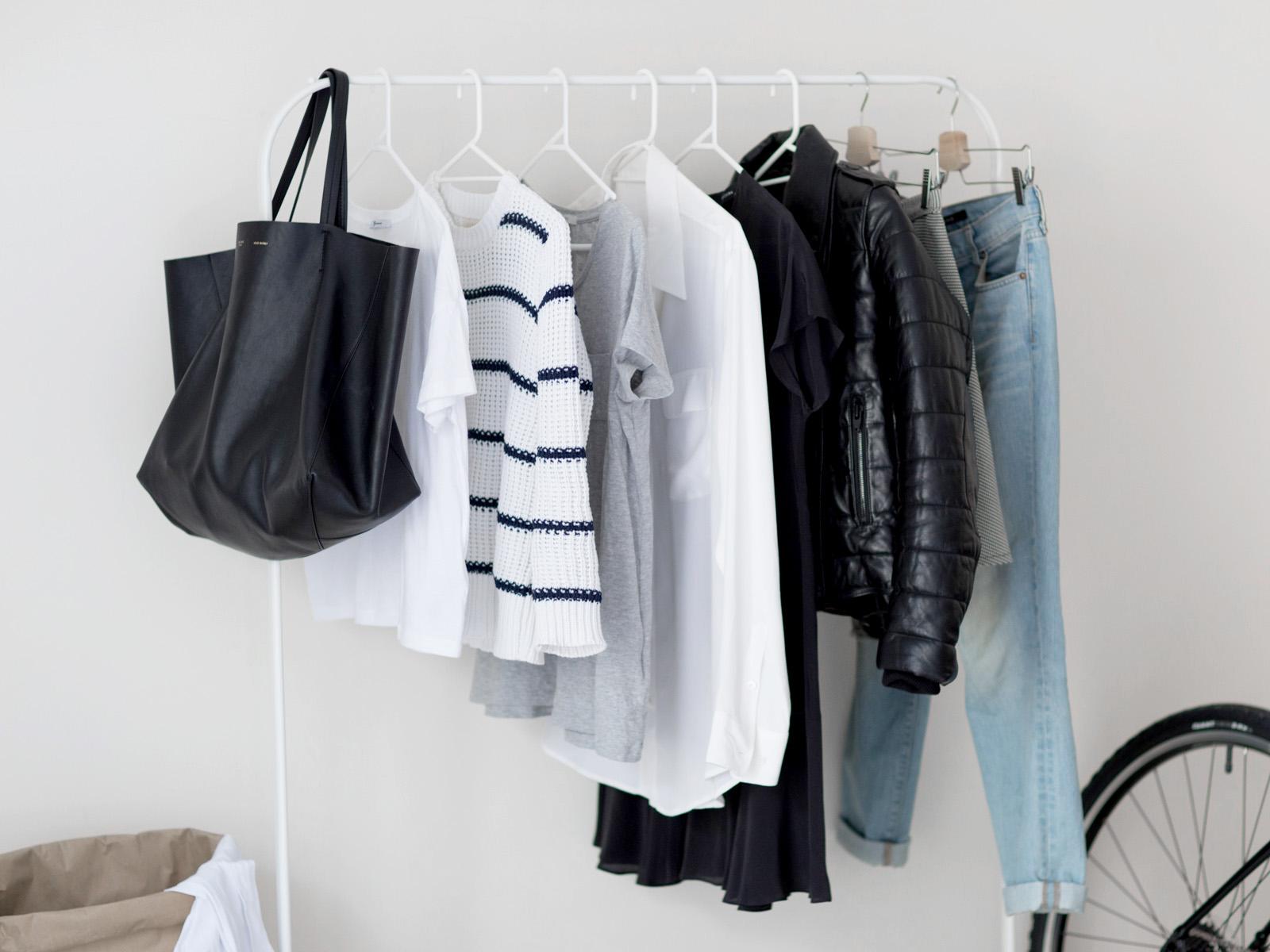 How to: The Basic Capsule Wardrobe